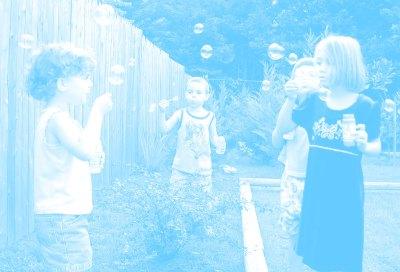 kids-bubbles-screen