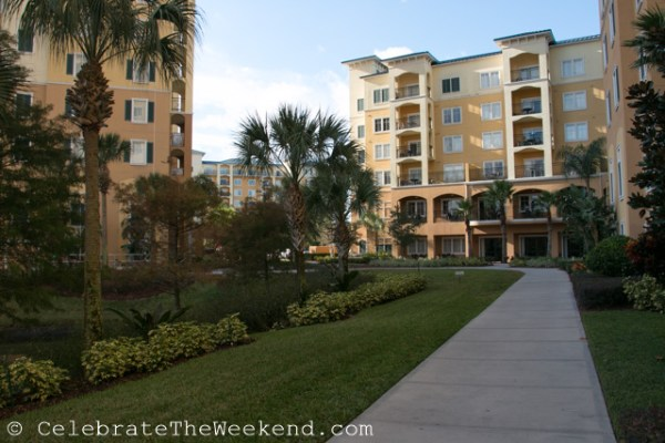 Lake Buena Vista Resort & Spa - an all-apartment resort in close proximity to Orlando attractions