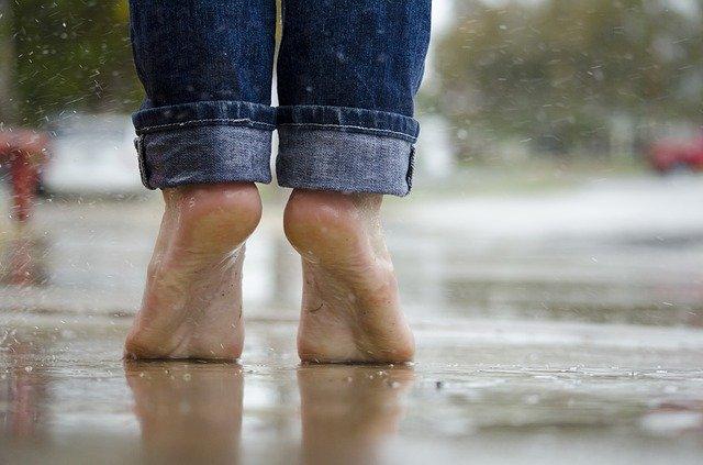 Go Barefoot Day ~ June 1st