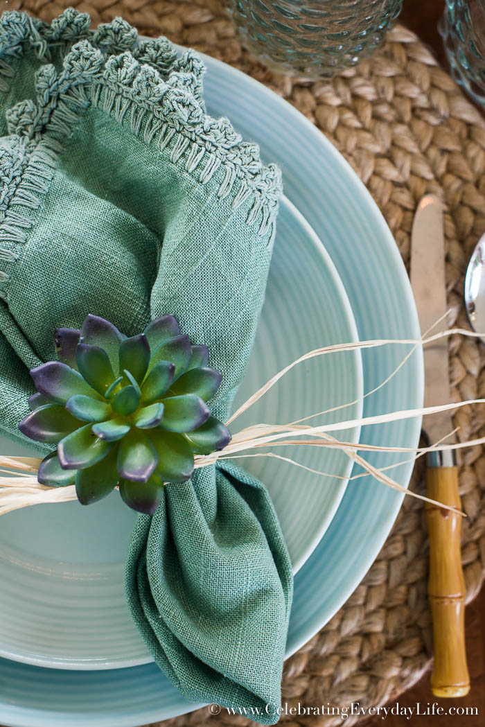 3 Easy Diy Storage Ideas For Small Kitchen: How To Make A Simple DIY Succulent Centerpiece In 3 Easy