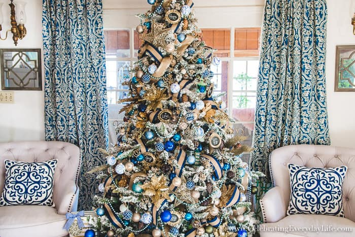 How to Make Your Christmas Tree Look Stunning, How to get a designer Christmas tree look for less!