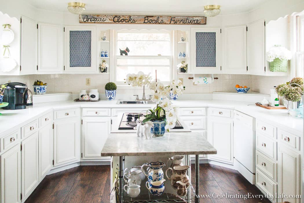 Old Cabinets Look New With Paint, How To Make Old Cabinets Look Good