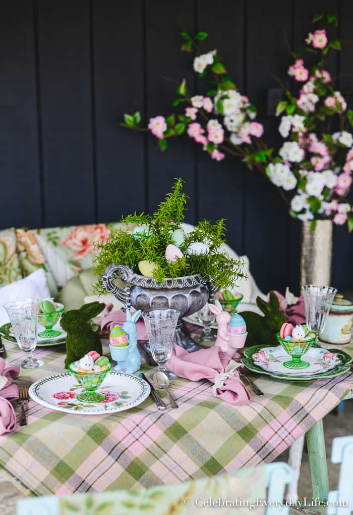 How to Set a Fantastic and Easy Easter Brunch Table