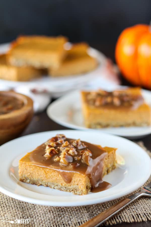 Pumpkin Pie Bars with Pecan Praline Topping