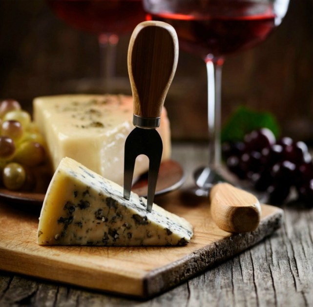 Hosting a wine and cheese party is a great way to get together with friends over the Christmas holidays