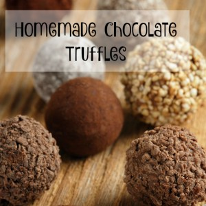 Recipe for easy homemade chocolate truffles.