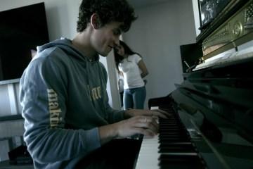 Shawn Mendes revela trailer de su documental