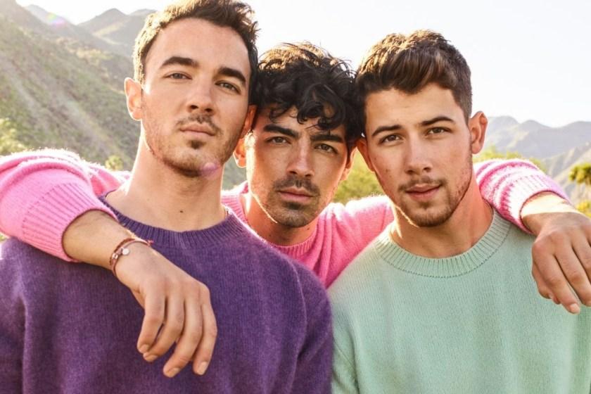 Los Jonas Brothers lanzarán BLOOD, su biografía.