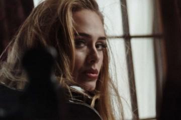 "Adele regresó con ""Easy on me""."