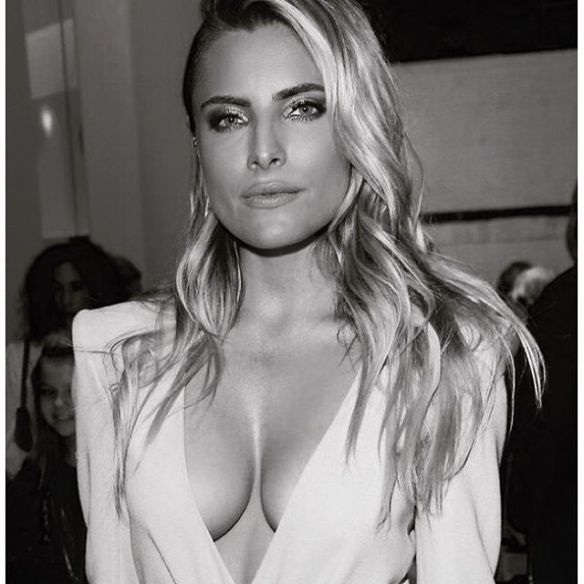 Sophia-Thomalla-Cleavage-Instagram-4