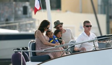 A Luxury Yacht For Brad Pitt And Angelina Jolie Luxury