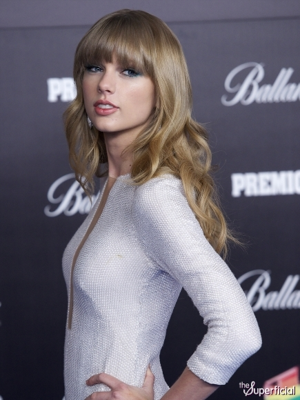 Taylor Swift Hair 2013