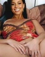 Alicia Keys Fingering Tight Pussy Porn Fake 001