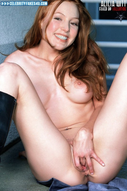 Latina sexy naked squarting