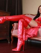 Amanda Righetti Hot Outfit Bra Porn 001