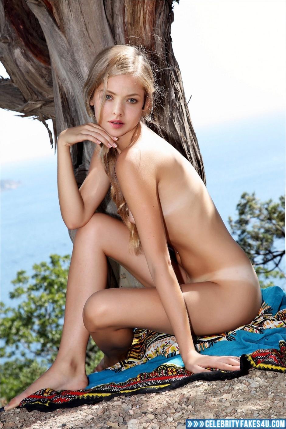 amanda seyfried fakes nude