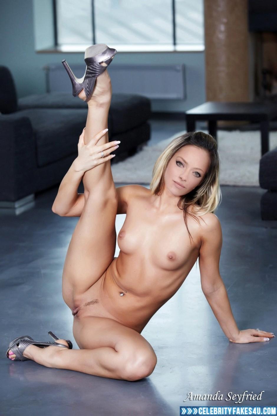Amanda Seyfried Tits amanda seyfried naked body vagina legs spread fake 002