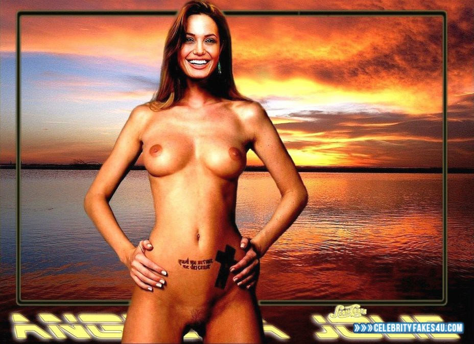 Angelina jolie naked breast — img 7