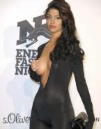 Angelina Jolie Public Sideboob Nsfw 001