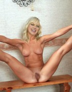 Anna Faris Hairy Pussy Exposing Vagina Naked Fake 001