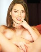 Aubrey Plaza Horny Rubs Vagina Naked 001