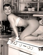 Audrey Hepburn Naked Body Legs Fake 001