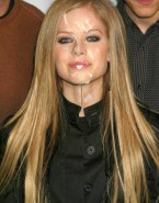 Avril Lavigne Public Facial Xxx Fake 001