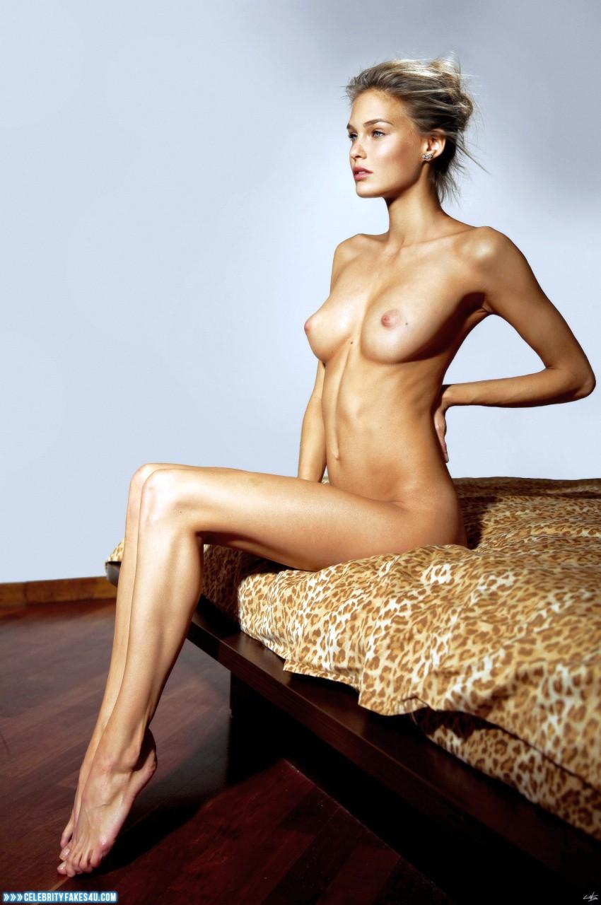 bar rafaeli naked