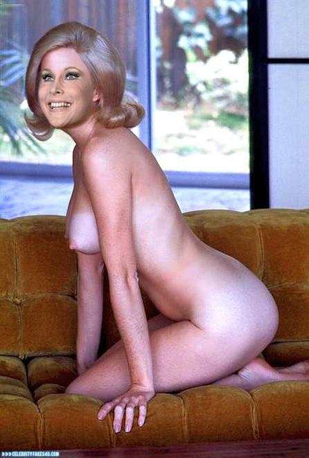 Deborah ann woll bikini