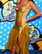Beyonce Knowles Nip Slip Public 001