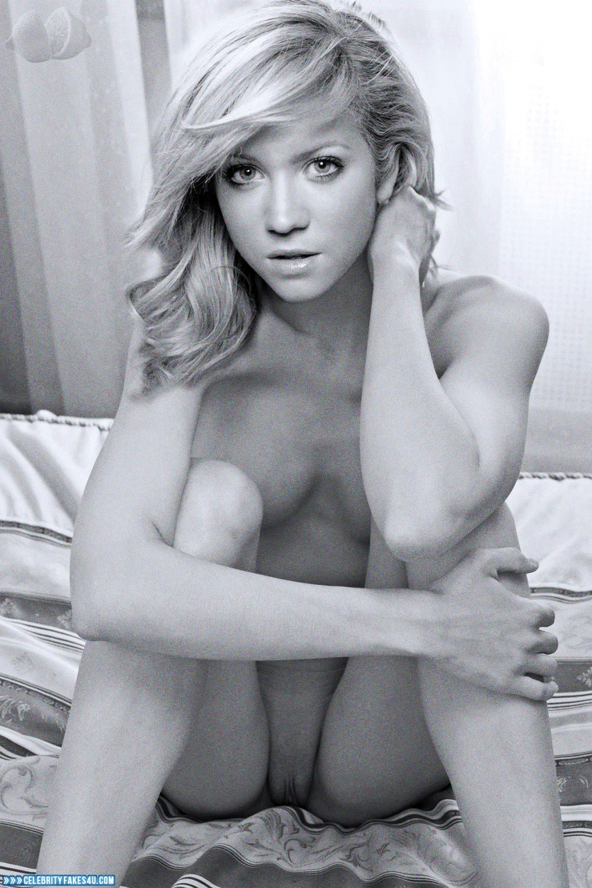Brittany snow naked pics #6