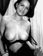 Carla Gugino Nude Boobs 001