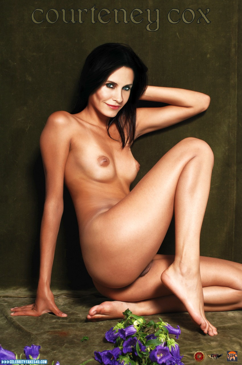 Courtney Cox Breast Falls Out