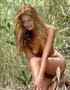 Debra Messing Naked Tits 002