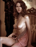 Debra Messing Nude Breasts 001