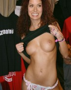 Debra Messing Public Tit Flash Porn 001