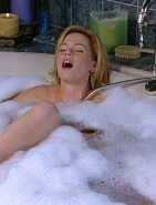 Elizabeth Banks Cumming In The Bathtub Fake