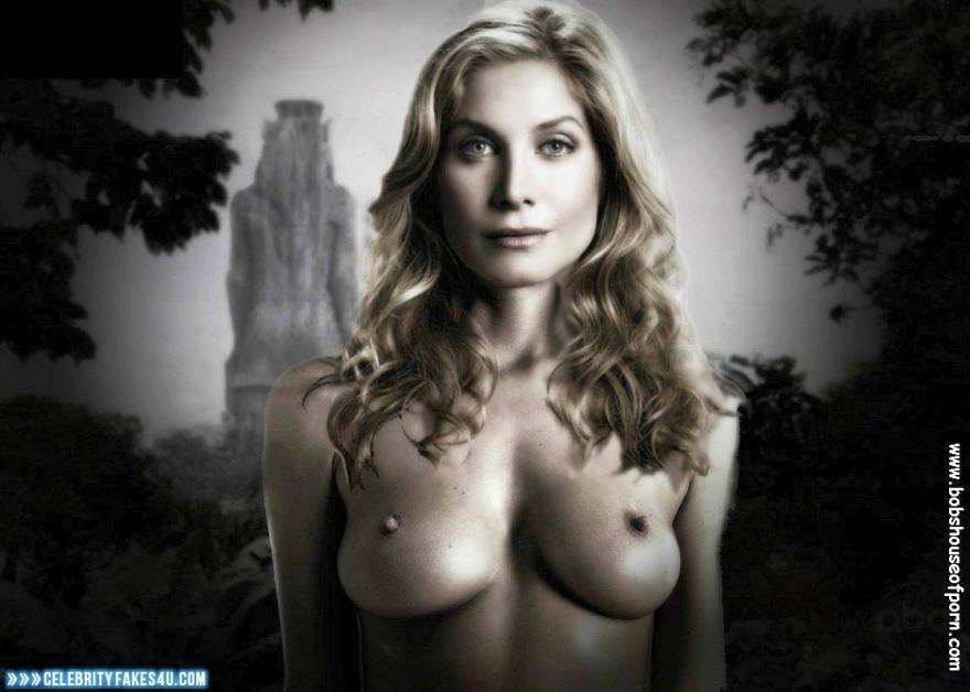 Elizabeth mitchell tits — pic 4