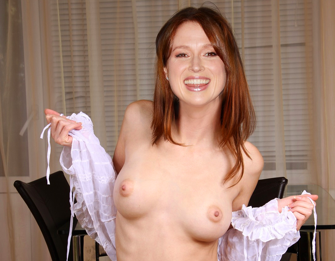 Quite good ellie kemper naked fakes think, that