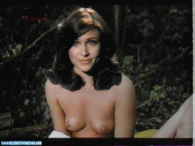 Young girl slim nude