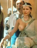 Gillian Anderson Nice Tits Porn 001