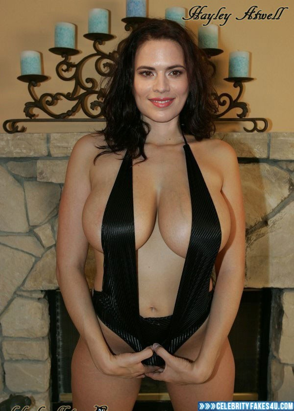 Tits hayley atwell Hayley Atwell
