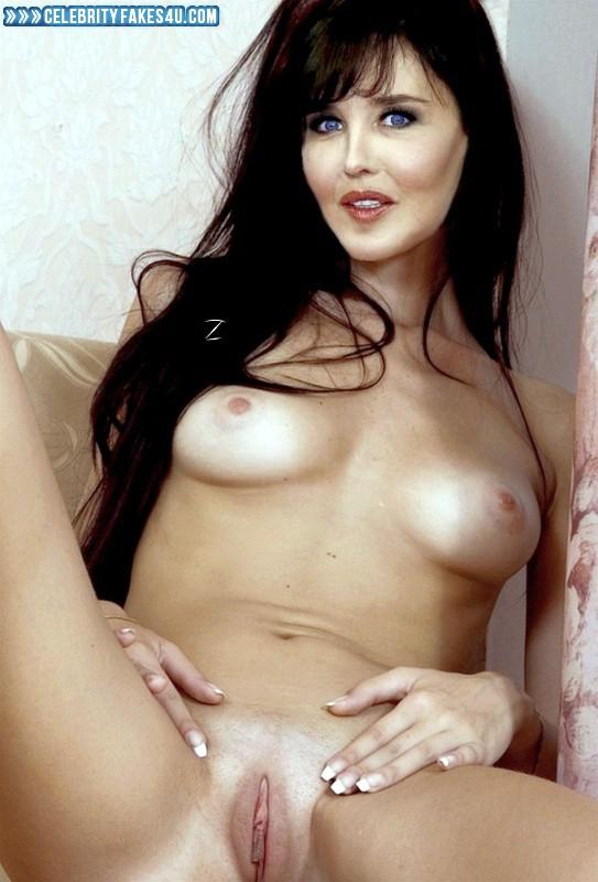 Isabelle Adjani  nackt