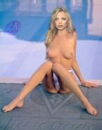 Jaime Pressly Breasts 002