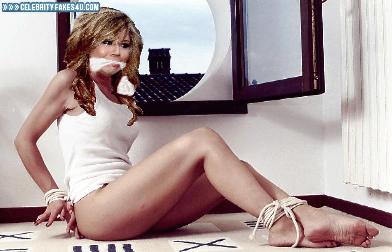 Sarah twain nude