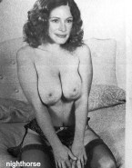 Julia Roberts Big Breasts Boobs Squeezed Nsfw 001