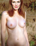 Julianne Moore Tits 001