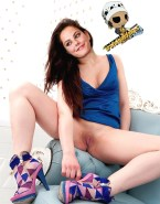 Kaya Scodelario Spreads Legs Exposing Smooth Pussy Nudes 001