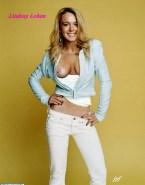 Lindsay Lohan Tit Flash 001