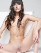 Milla Jovovich Small Tits Pussy 001